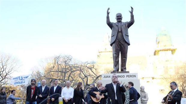 La estatua de Perón está a pocas cuadras de la Casa Rosada | Foto: Prensa Cambiemos.