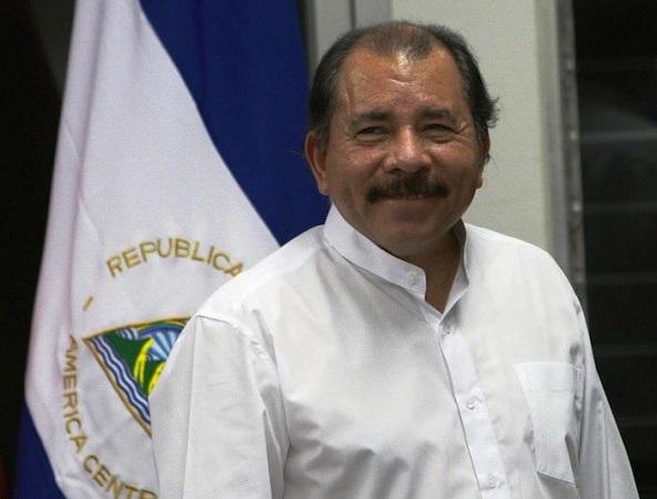 El comandante Ortega celebra su afirmación al poder en 2012 | Foto: Fundación Ong DE Nicaragua, vía Wikicommons