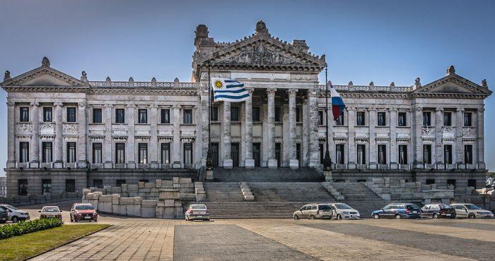 Palacio Legislativo, sede del Parlamento uruguayo | Foto: GameOfLight, vía Wikicommons