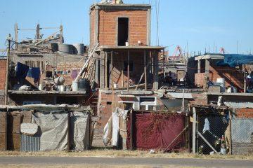 Villa miseria en Buenos Aires | Foto: Sbassi, vía Wikicommons
