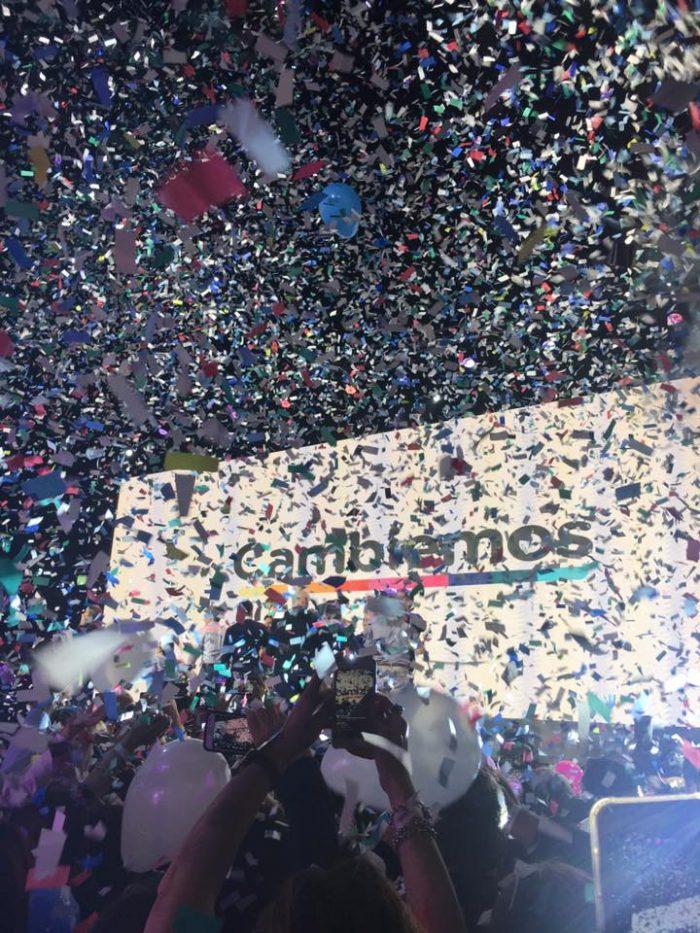 Festejos en el búnker de Cambiemos la noche del domingo 13 de agosto | Foto del autor
