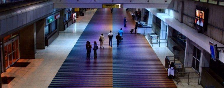 Aeropuerto internacional Simón Bolívar de Caracas   Foto: Wikicommons