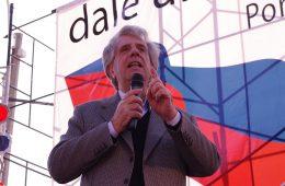 Tabaré Vázquez en acto político, septiembre de 2011   Foto: Zeroth, vía Wikicommons