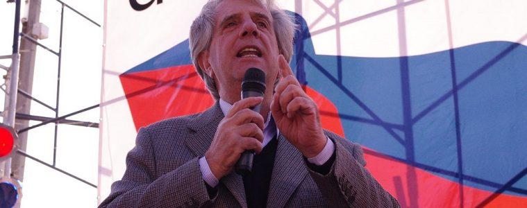 Tabaré Vázquez en acto político, septiembre de 2011 | Foto: Zeroth, vía Wikicommons