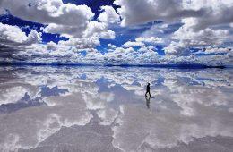 El salar de Uyuni, maravilla natural de Bolivia