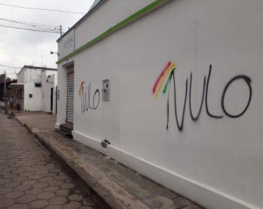 Pintada callejera por el voto nulo, Santa Cruz de la Sierra, noviembre de 2017 | Foto: Ángel Arellano