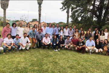 Jóvenes del Partido Nacional de Durazno (Uruugay) en su congreso departamental