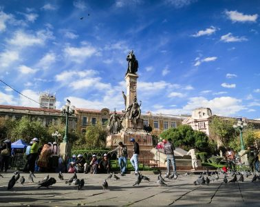 Plaza en la ciudad de La Paz, Bolivia