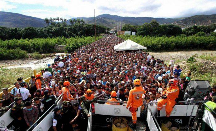 Puente en la frontera entre Táchira (Venezuela) y Cúcuta (Colombia) | Foto: radiomigrantes-es.net