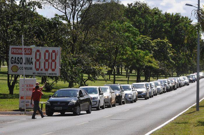 Brasil sin combustible | Foto: Agência Brasília, vía Flickr