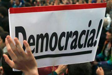Democracia!