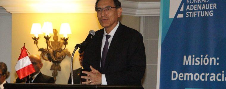 Presidente Martín Vizcarra | Foto: KAS oficina Perú