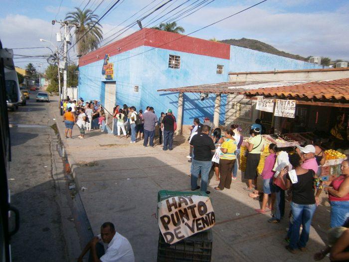 Escasez en Venezuela | Foto: Mercal, vía Wikicommons