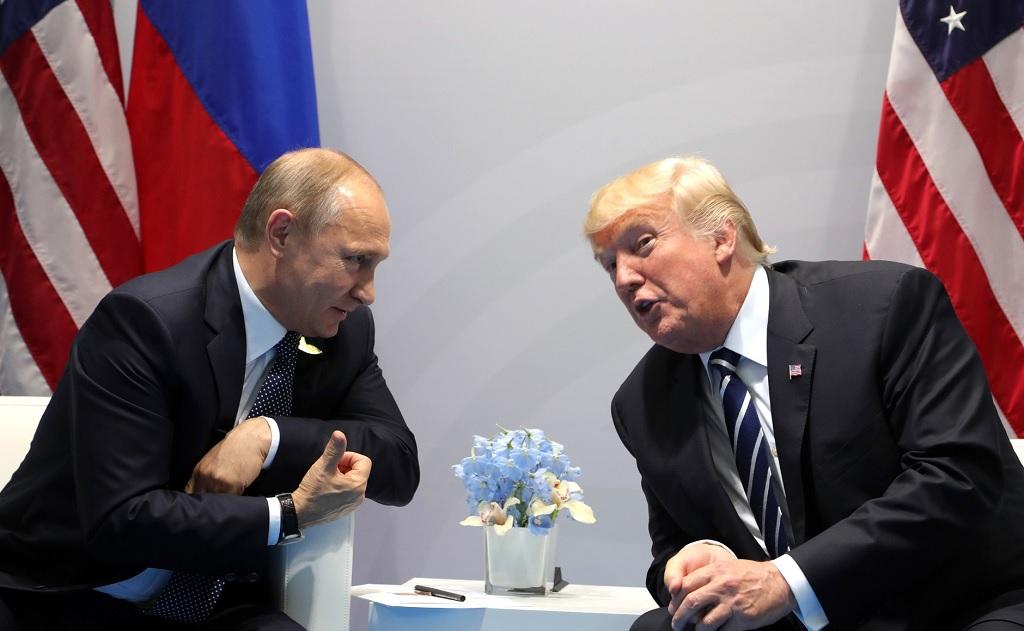 Vladimir Putin y Donald Trump en la cumbre G20 de Hamburgo, 2017 | Foto: Wikicommons