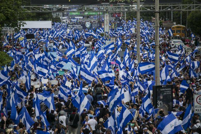 Multitudinaria manifestación pacífica en Managua, 30.5.2018 | Foto: Jorge Mejía peralta, vía Flickr