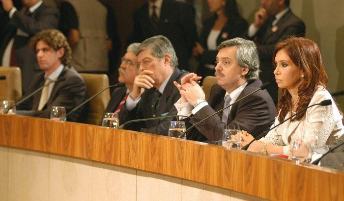 Alberto Fernández y Cristina Fernández., nov. 2007 | Foto de archivo, Presidencia de la Nación Argentina, vía WikiCommons
