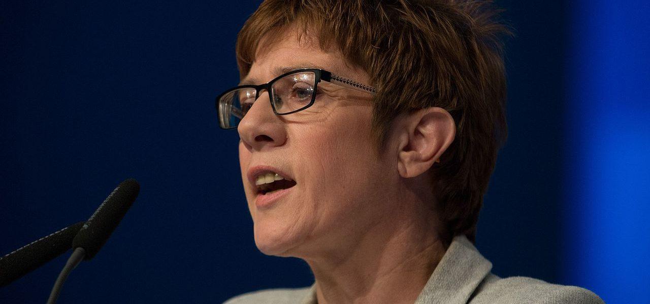 Annegret Kramp Karrenbauer | Foto: Olaf Kosinsky, vía WikiCommons
