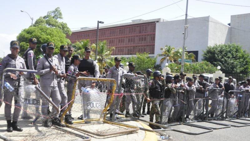 El Congreso Nacional se encuentra militarizado desde el 25 de junio ante la expectativa de enfrentamientos entre defensores y detractores de la reforma constitucional.