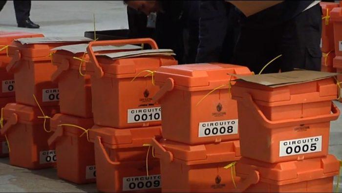 Urnas de votación en Uruguay