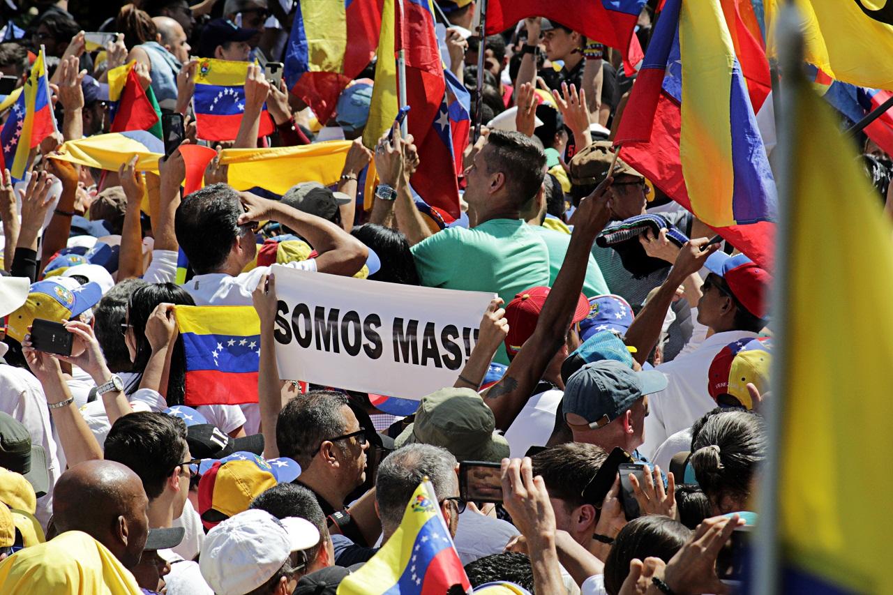 Marcha de protesta contra Maduro, 2 de febrero de 2019 en Caracas | Foto: Alex Coco, vía Wikipedia