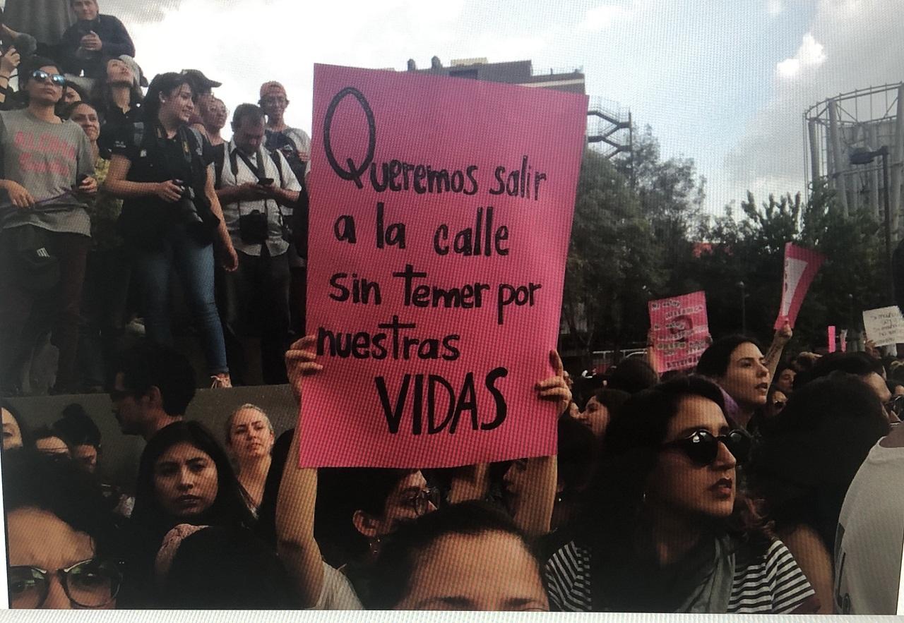Protesta contra la violencia de género en Ciudad de México, 16 de agosto de 2019 | Foto: Una isla, vía WikiCommons