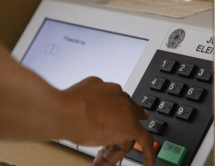 Terminal de urna electrónica. Elecciones Brasil 2014 | Foto: WikiCommons
