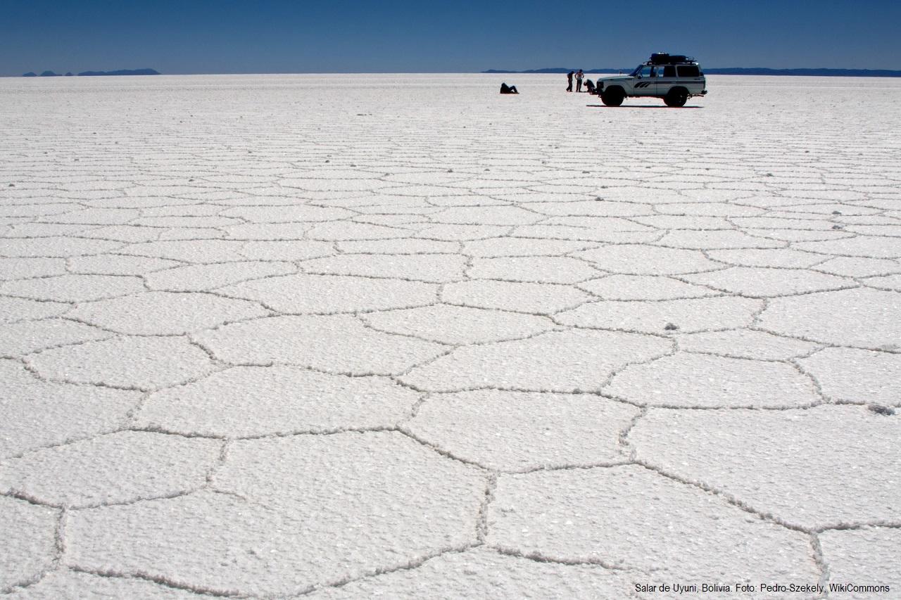 Salar de Uyuni, Bolivia | Foto: Pedro Szekely, vía WikiCommons