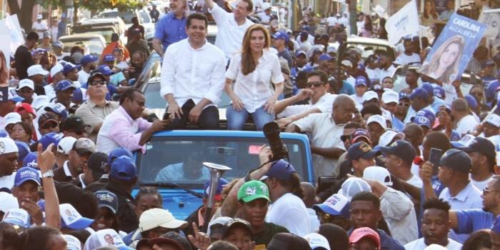 1.La alcaldía del Distrito Nacional es una de las principales joyas de la corona. Carolina Mejía es la candidata a alcaldesa por el PRM.