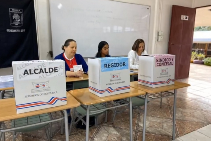 Mesa electoral en comicios municipales de Costa Rica, 2 febrero 2020. Foto: TSE